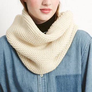 CREAM STOCKING STITCH SNOOD
