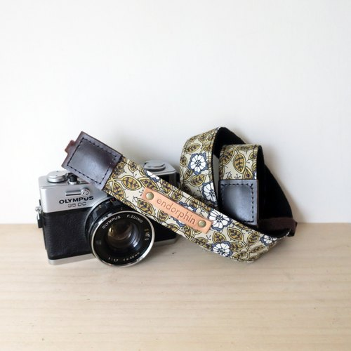 ENDORPHIN handmade camera strap (garden collection -desert)