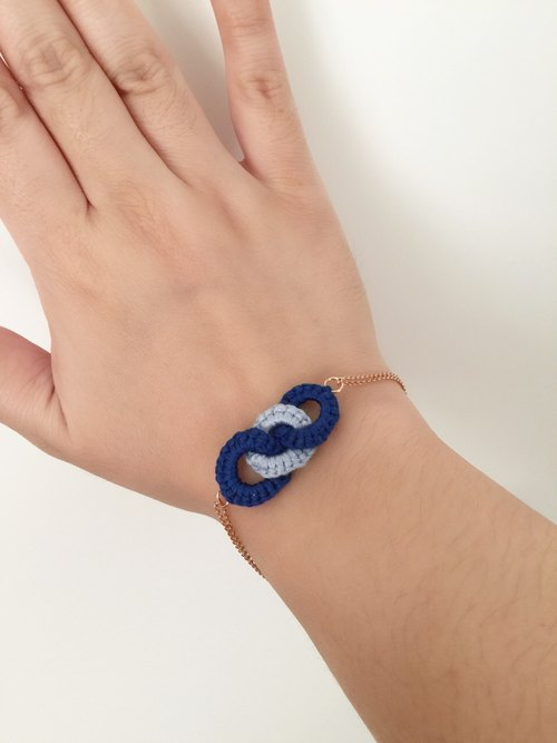 "Armei ""custom"" knot. Edge ""blue thick light bracelet"" An Affinity ""Bracelet cyanosis x water"