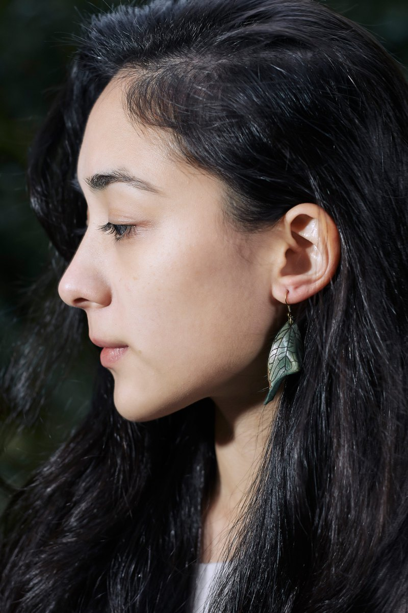 【】 迢 迢 tiaotiao deciduous green earrings / leather / green / copper / jewelry
