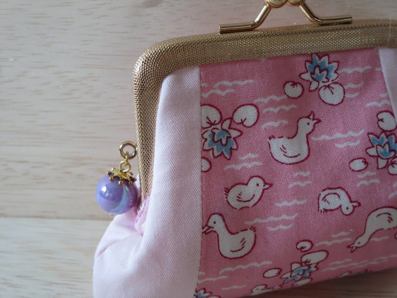 Mini palm-sized mini pouch Sweet pink of duck