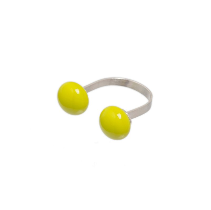 Open glass ring in lemongrass colour