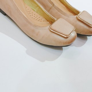 Gold square flat shoes | | Lady Chatterley's lover's prologue linen nude skin || #8122