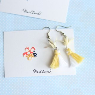 Yellow tassel thousand feathers earrings (can change ear clip)