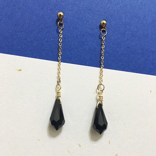◆ can change the low-key black clip-on Earrings / one pair / Swarovski crystal alloy earrings / gift custom designs