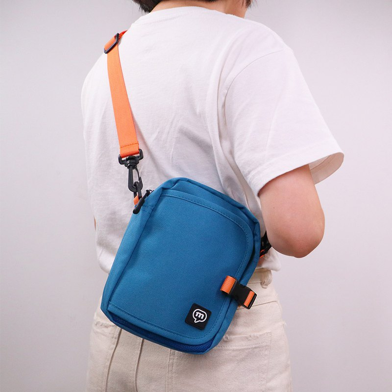 Murmur lightweight travel carry bag | orange blue