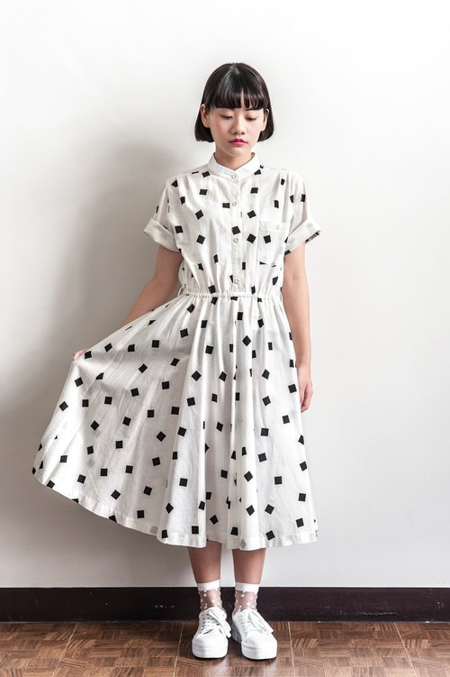 Vintage black and white box cotton ancient short - sleeved dress