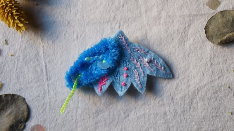 Blue seaweed bubble embroidery wool moth