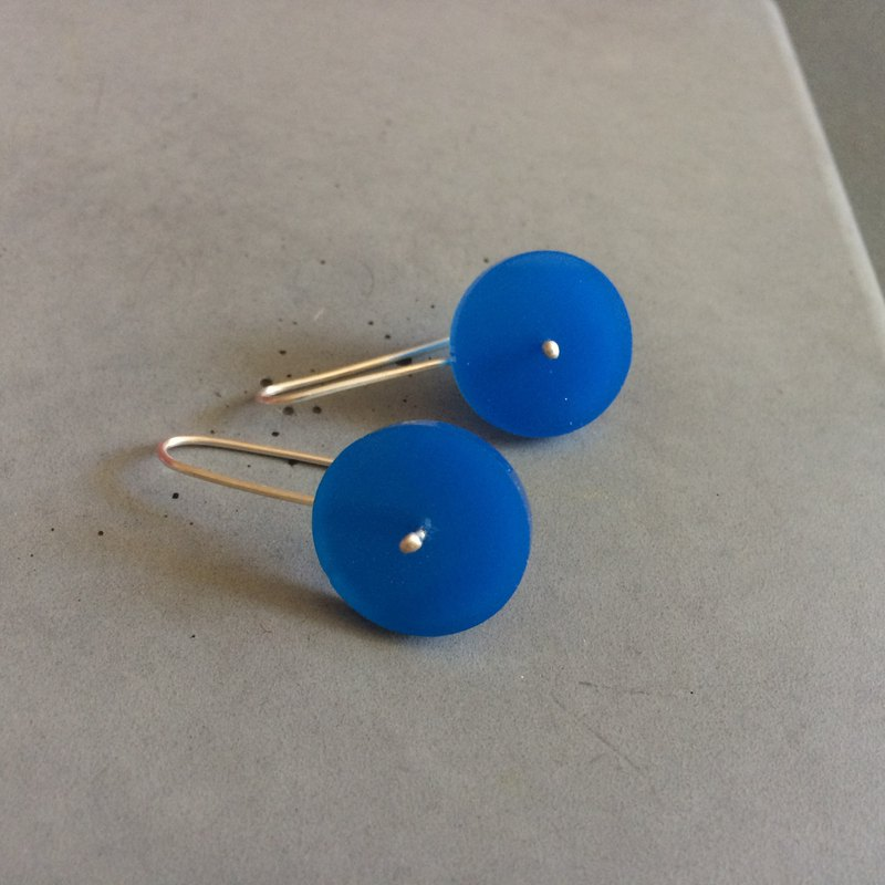 Blue Circle - Long Minimal Sterling Silver Earrings with plexi - blue