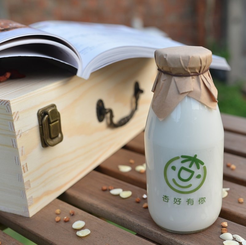 Hand made fresh milk almond tea glass bottle