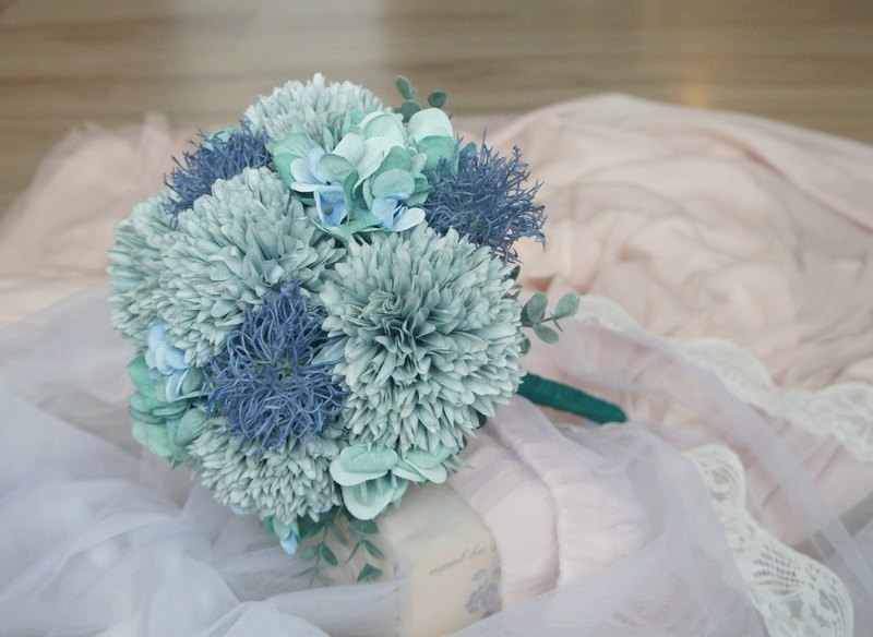 Classical style Morandi blue bridal bouquet (simulation flower wedding photography photo props)