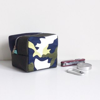 Cube Pouch (Camouflage x Dark Blue & Military Green)