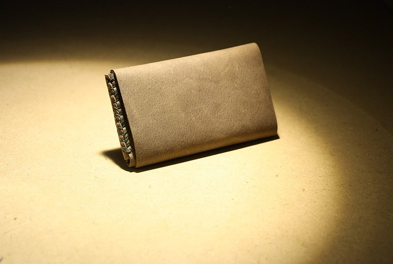 Grey Brown/Khaki Tone Crazy Horse Leather Business Card Holder Baseball Pattern Hand-stitched Outing Pouch