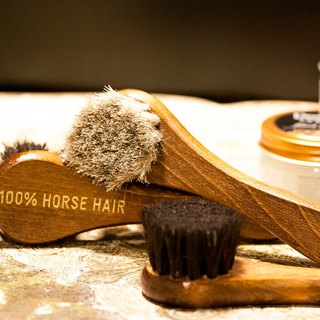 ITA BOTTEGA【Made in Italy】100% Horse Hair Shoe Brush - small