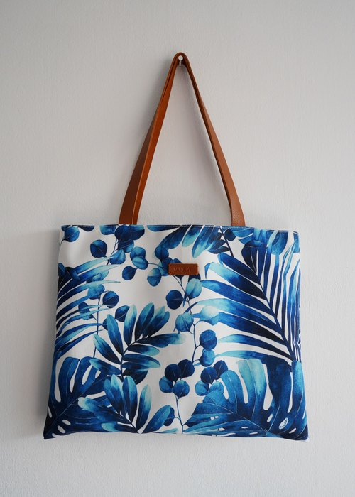 กระเป๋าโท้ท Flat Tote Canvas Print - Blue Tropical
