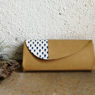[With the paint series] white blue accordion wallet
