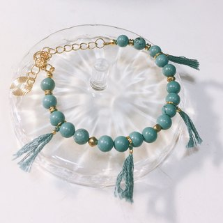 Lake lime small tassel bracelet