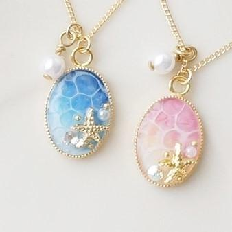 Water necklace of hand-painted Art * · ゜゚ sea
