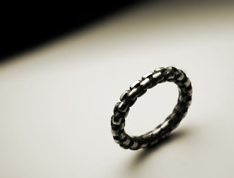 Fine chain modeling ring