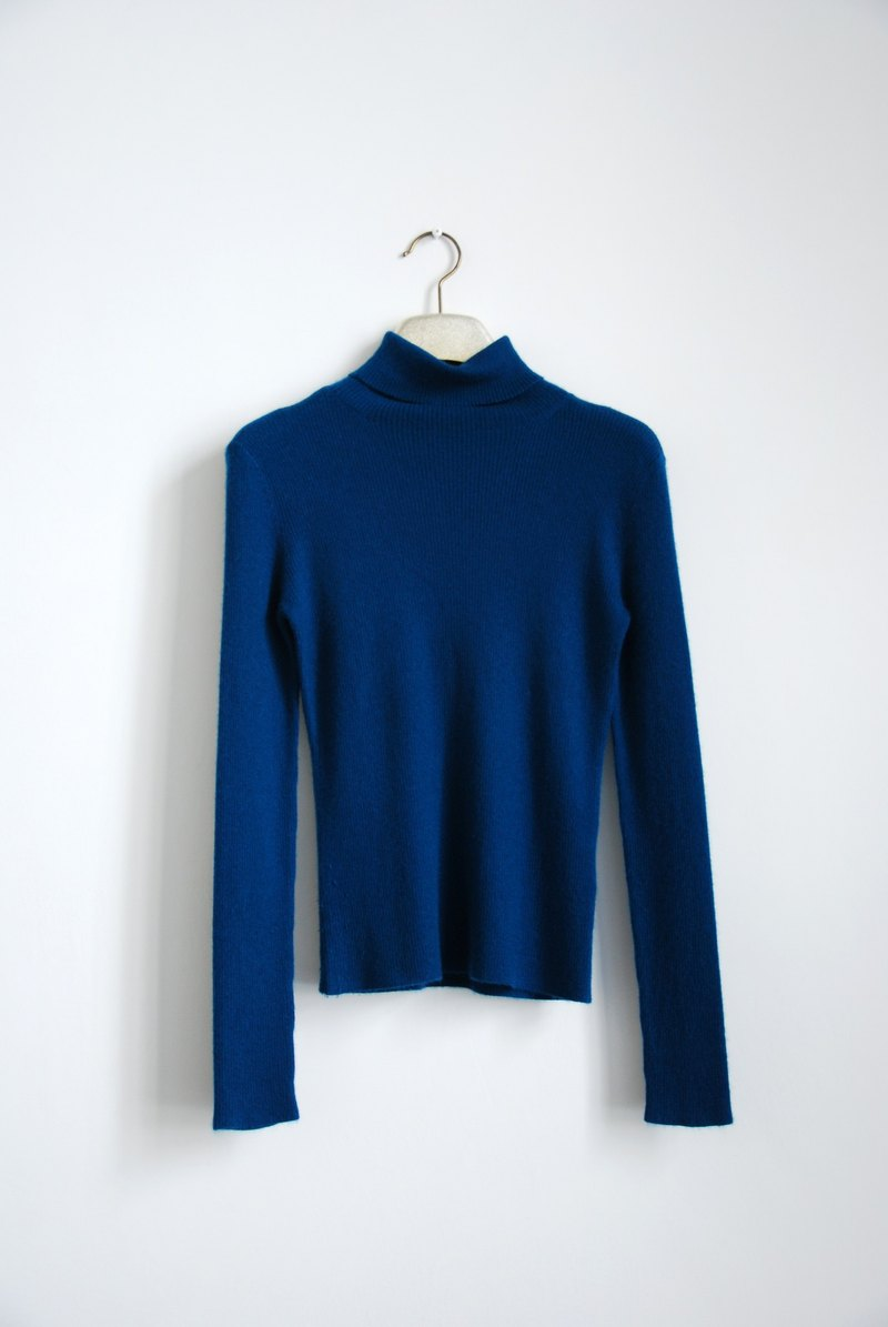 Vintage high-necked sweater Kashenmier