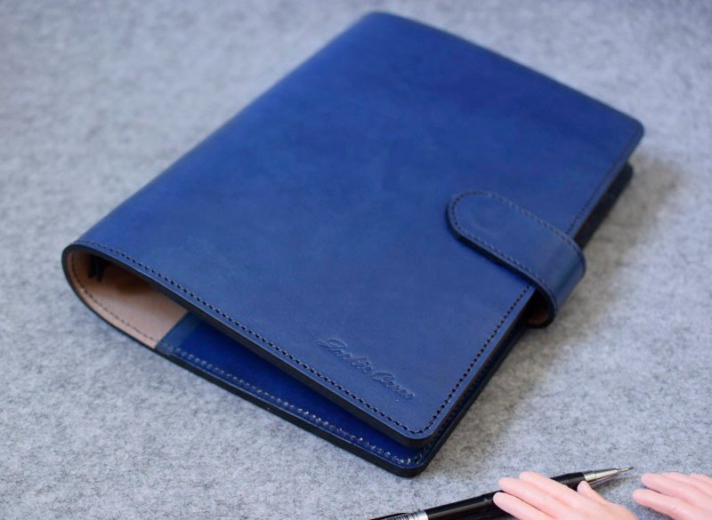 YOURS handmade leather goods A5-Size leather luggage notebook fine version of hidden magnetic deduction special plus layer of blue leather