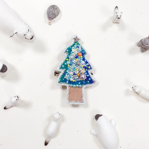 Koko Loves Dessert // I sell you youth - Merry Christmas Pin brooch (Wizard Tree)