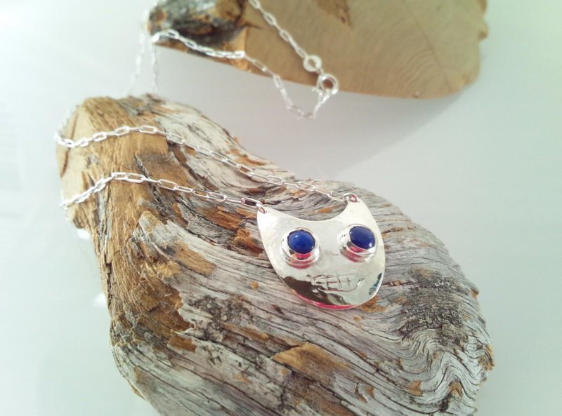 ◇ Lapis eye silver cat ◇ Pendant
