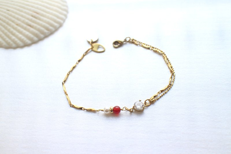 Little red-Zircon agate brass bracelet