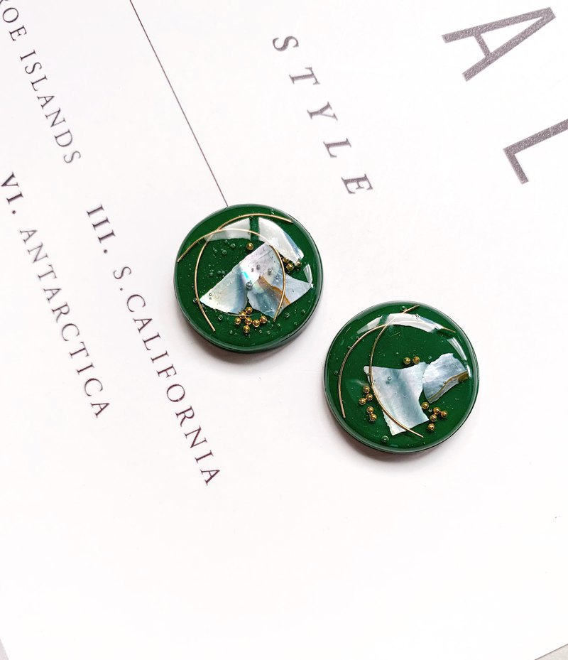 La Don - Dark Green Thought Ear/Ear clip