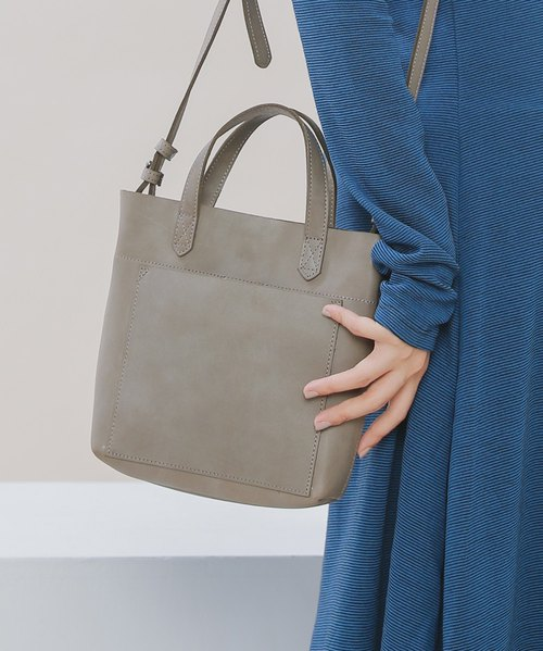 Simple urban leather hand shoulder bag dual-use bag - cloud gray