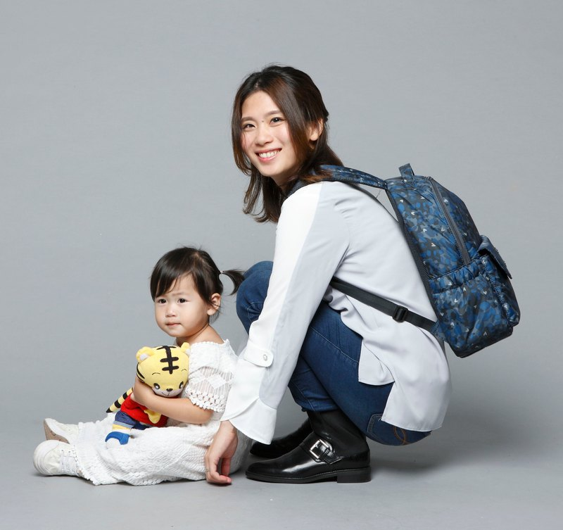 10% off anniversary _ storage is not sloppy _550g super lightweight _ starry camouflage EZ Bag with bag _ mother bag