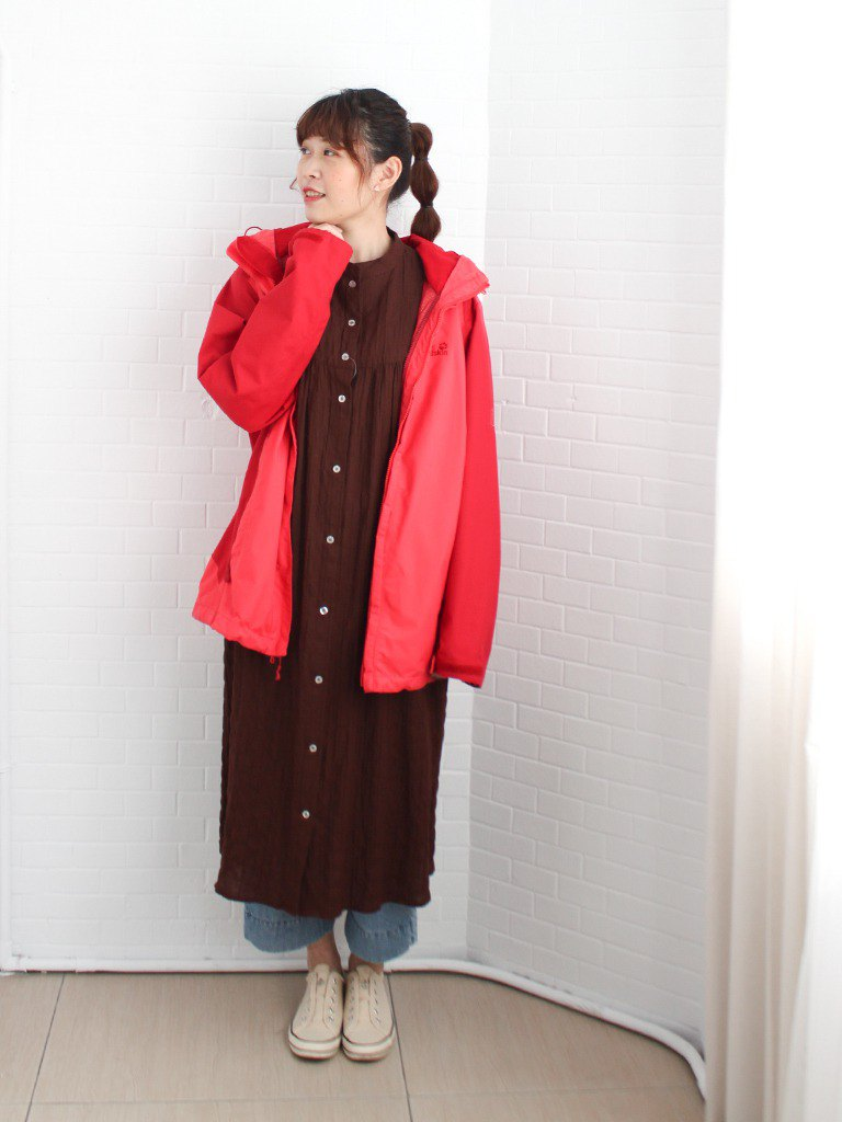 Spring outdoor wild European Jack Wolfskin red stitching used loose waterproof trench coat