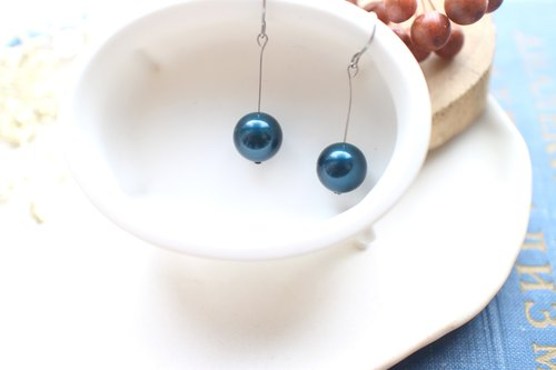Blue fruits-Crystal pearls stainless earrings