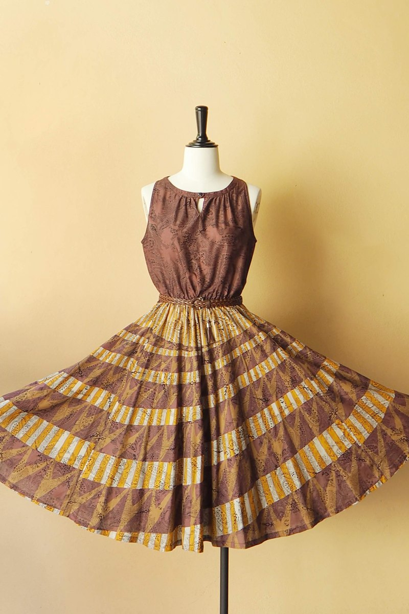 VINTAGE Bohemian dress, size L, Brown & Yellow, Circle skirt
