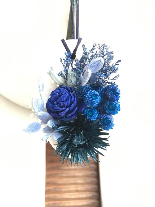 Blues Bouquet Blessing Fragrance Brick Marriage Small House Home Pleasure Wink Flower Flower Valentine 's Day Gift