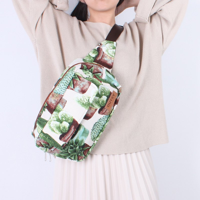 Taiwan-made exclusive limited-edition one-shoulder crossbody bag / waist bag / chest bag (cactus daydream)