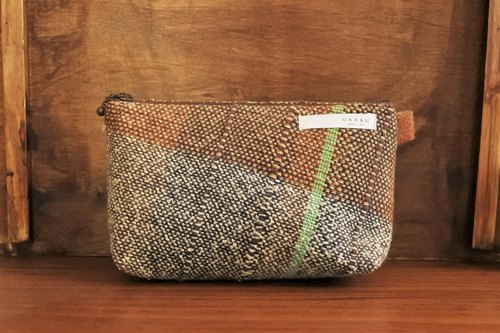 Large pouch brown