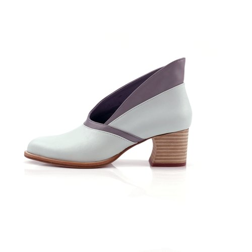 Calla lily  mid heel (mint blue handmade leather shoes)