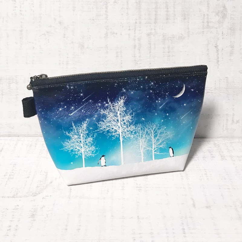Pouch Winter starry sky Penguin / Cosmetic pouch / galaxy / Starry sky / snow