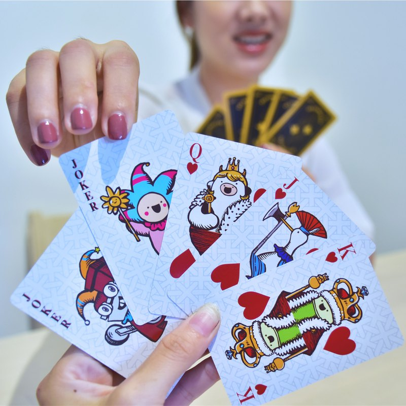 Tiancheng Hotel Group Bibi Family Series Poker