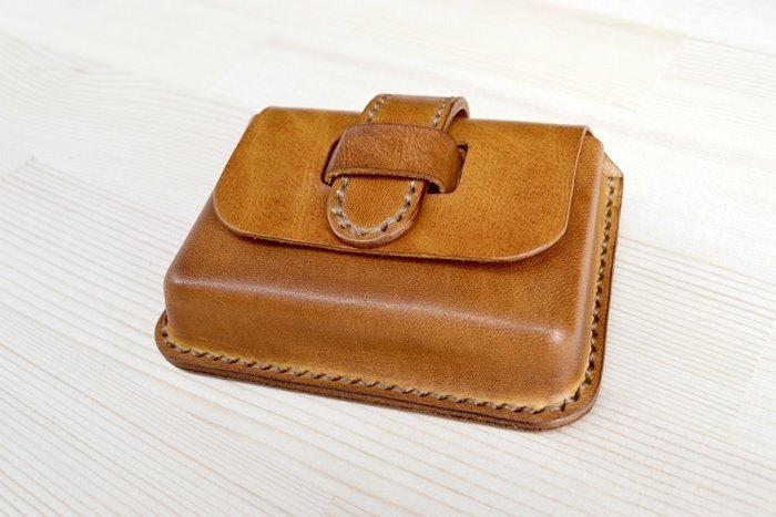 Real leather vegetable tanned hand hand dyed business card package business card box document bag card credit card custom