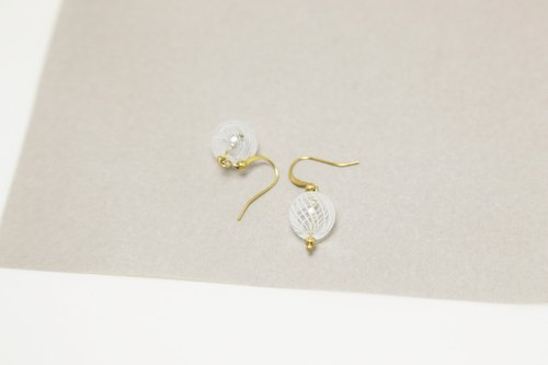 【Retro sugar | transparent white glass | earrings earrings】