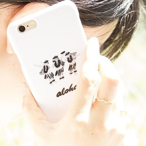 【IPhone / Android correspondence】 aloha hula girls B & W smartphone case