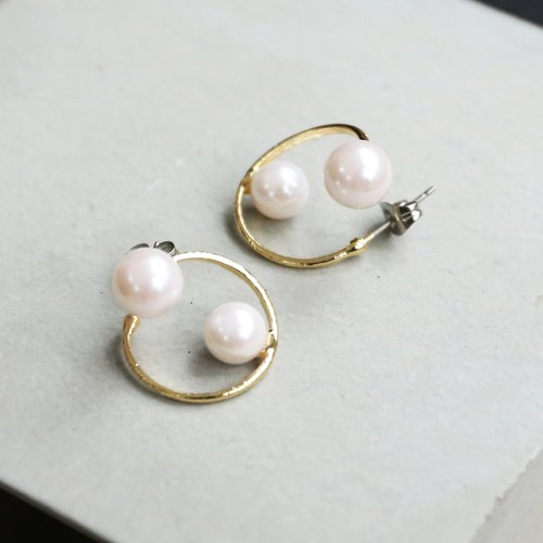 Japanese handmade ornaments - nostalgic pearl earrings
