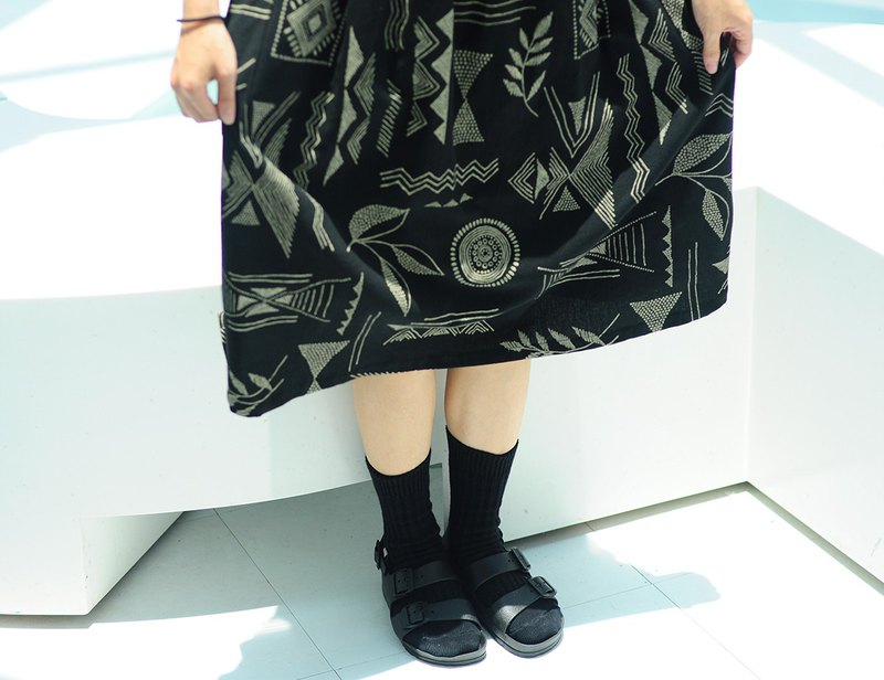 Totem printed cotton skirt