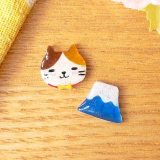 Meow - Fuji mountain and cat earrings