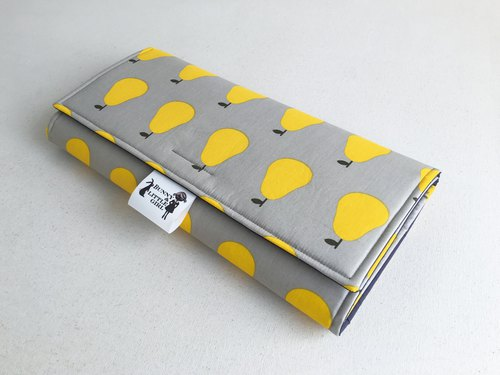 Outing portable diaper pad - yellow pear