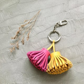 KAKU handmade leather leather tassel key ring
