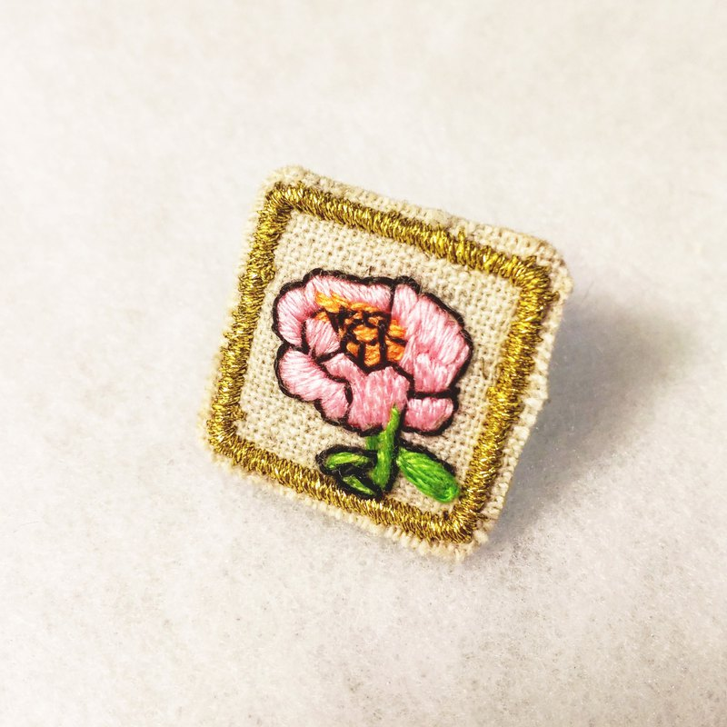 Six-year-old BEN hand-painted flower C models single ear limited edition hand embroidery earrings