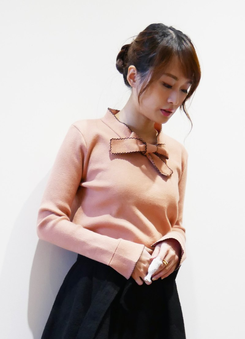 Bow Tie Knit Sweater (R6623A)